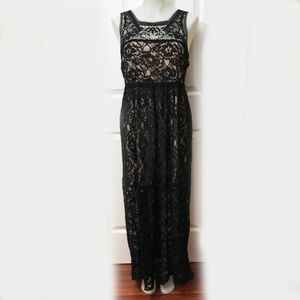 Crochet lace black maxi dress with nude lining